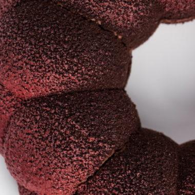 """""""Aksominis"""" - šokoladinis tortas su vyšnių tyre"""
