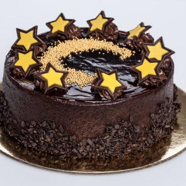"""""""Naktelė"""" - sluoksniuotas šokoladinis tortas"""