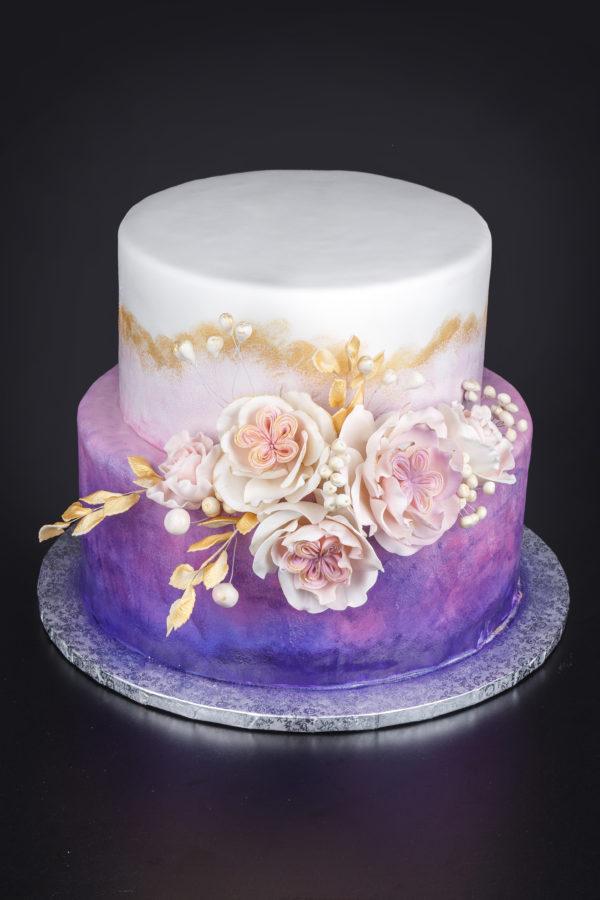 Tortas su bijūninėmis rožėmis
