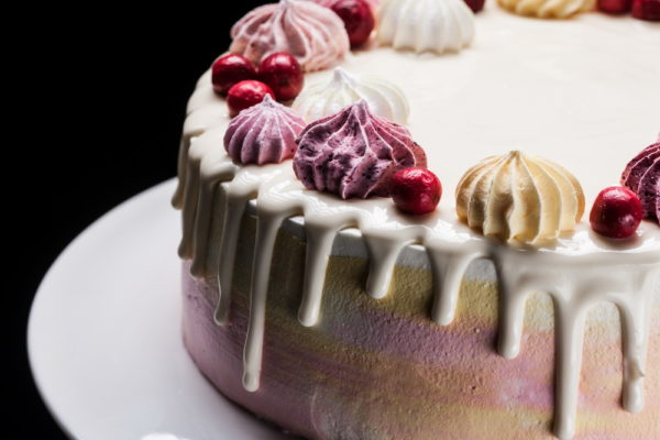"""""""Jogurtinis"""" - persikinio jogurto tortas"""