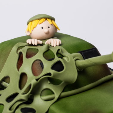 """Vaikiškas tortas """"Tankas"""""""
