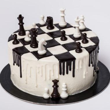 """Vaikiškas tortas """"Šachmatų lenta"""""""