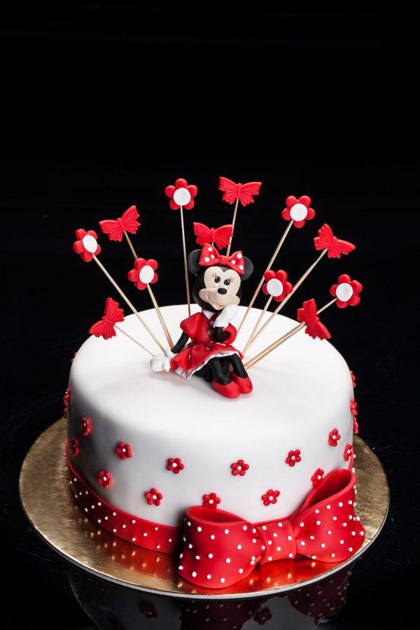"""Vaikiškas tortas """"Sėdinti Minnie"""""""