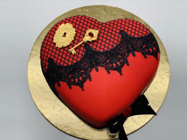 """Tortas """"Raktas į Tavo širdį"""""""