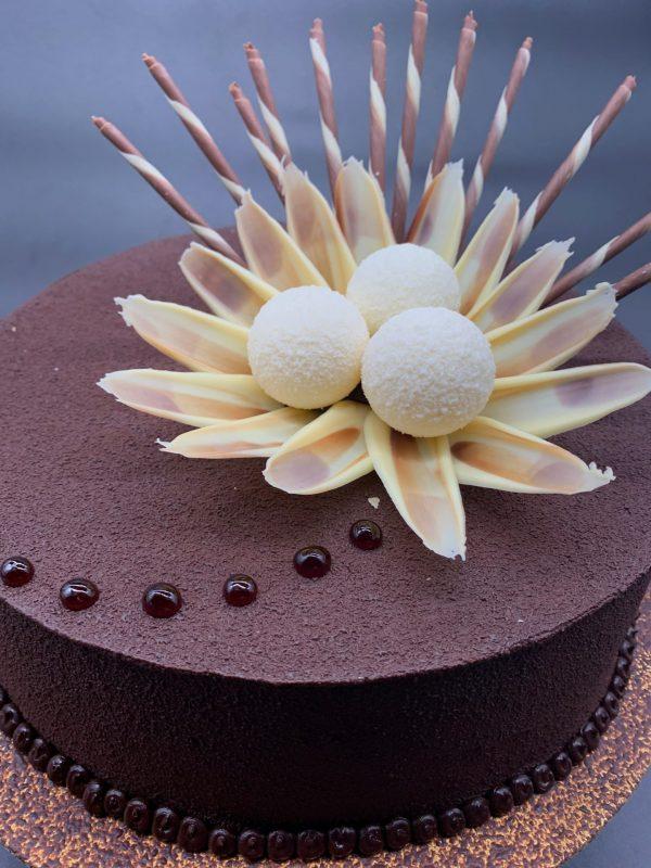 Jubiliejinis tortas su burbulais