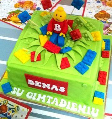 """Beno """"Lego"""" tortas"""