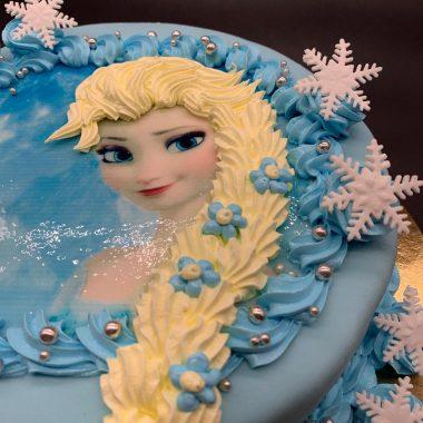 """Vaikiškas tortas """"Su Elsos piešiniu"""""""