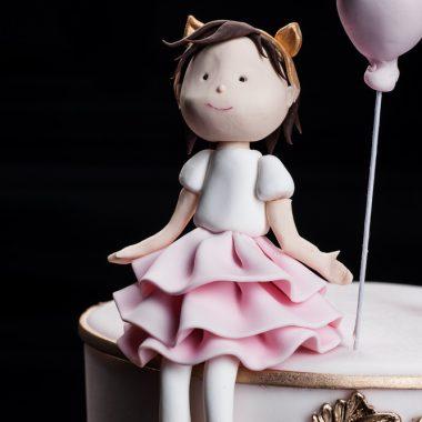 "Tortas ""Mergaitė su balionėliu"""