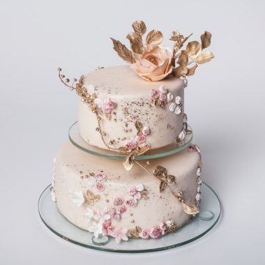 """Dviejų aukštų tortas """" Vintažinis"""""""