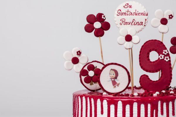 """Vaikiškas tortas """"Maša tarp gėlių"""""""