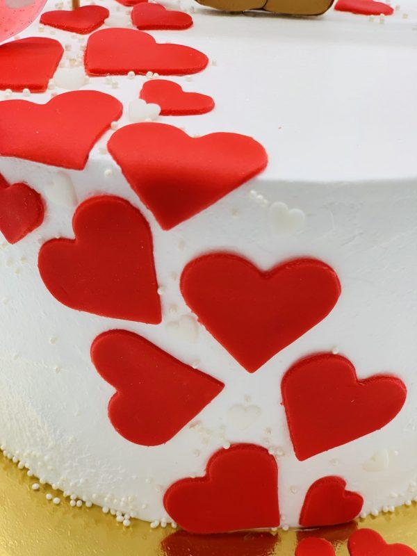"""Tortas """"Meškutis su širdelėm"""""""