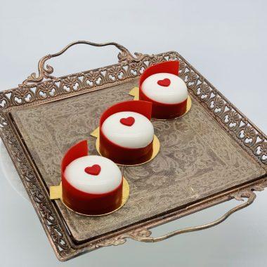 Pasiflorų pyrageliai su širdelėm