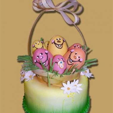 """Velykinis tortas """"Kiaušinių pintinė"""""""