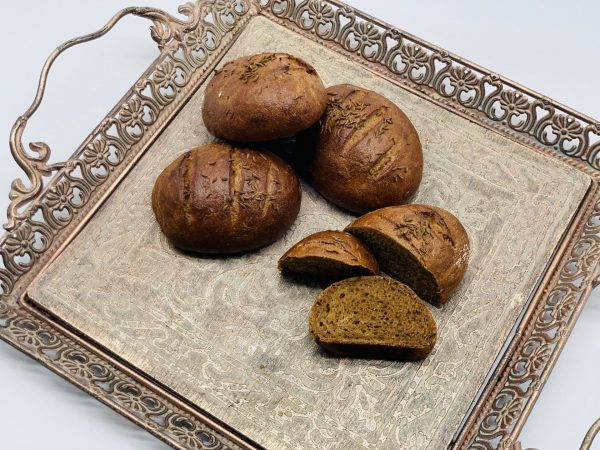 Kaimiški juodi duoniukai