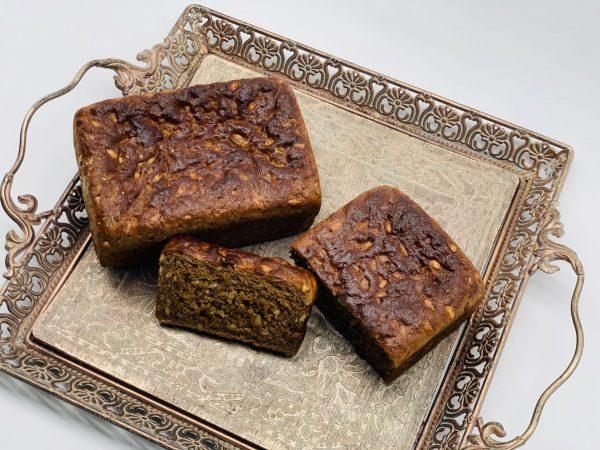 Kaimiška juoda duona su saulėgrąžomis