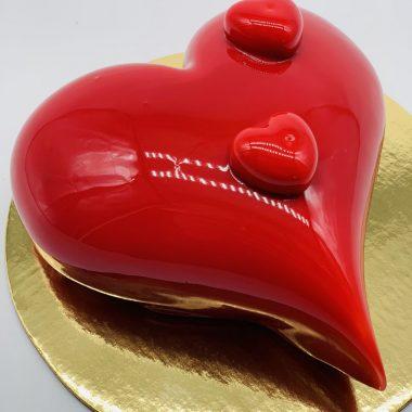 """""""Širdelė"""" - raudono veliūro tortas"""