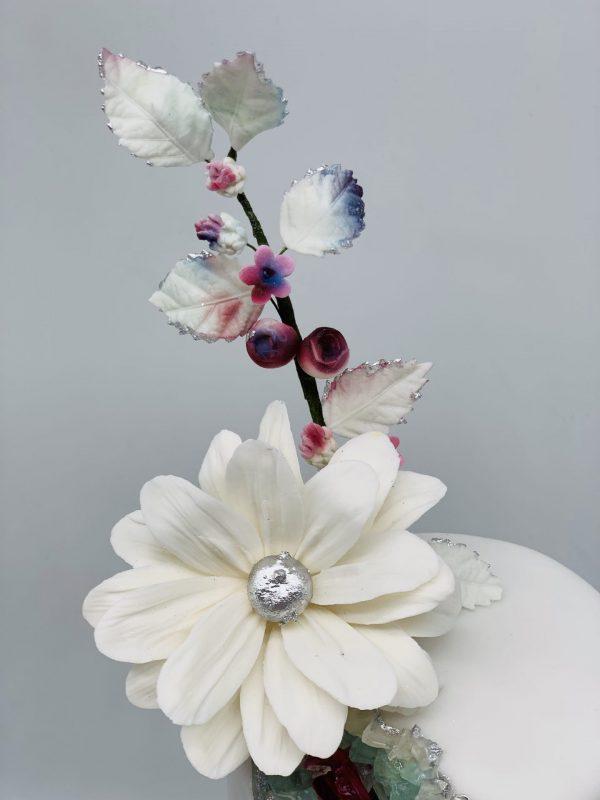 Vestuvinis tortas su herberom