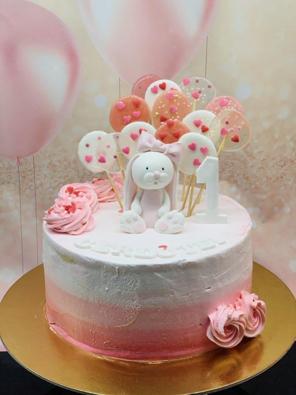 Vaikiškas tortas su ledinukais ir zuikute