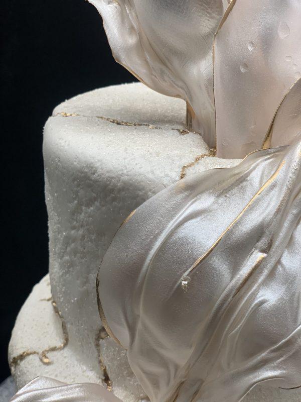 "Vestuvinis tortas ""Balta fantazija"""