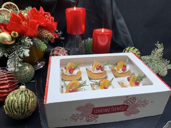 Kalėdinė keksiukų dėžutė balta