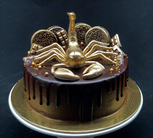 Tortas su skorpionu