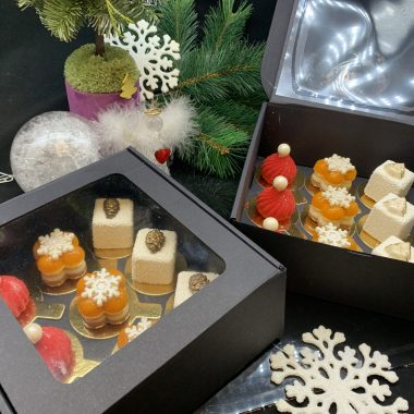 Kalėdinė pyragėlių dėžutė