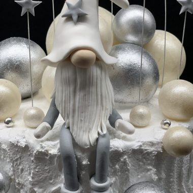"""Kalėdinis tortas """"Nykštukas pusnyse"""""""