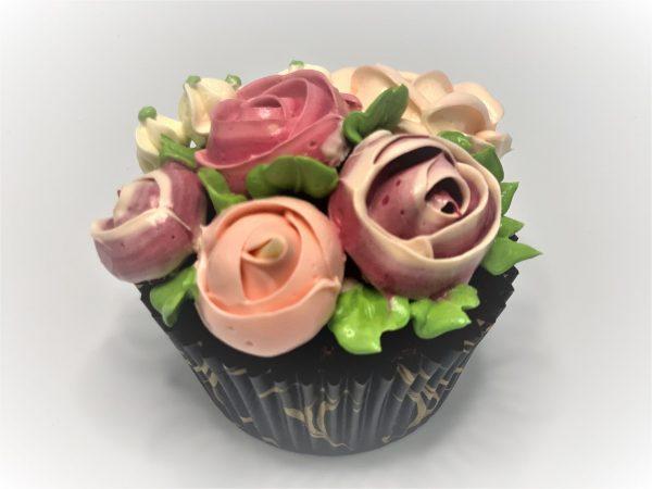 Keksiukai su kreminėmis gėlėmis