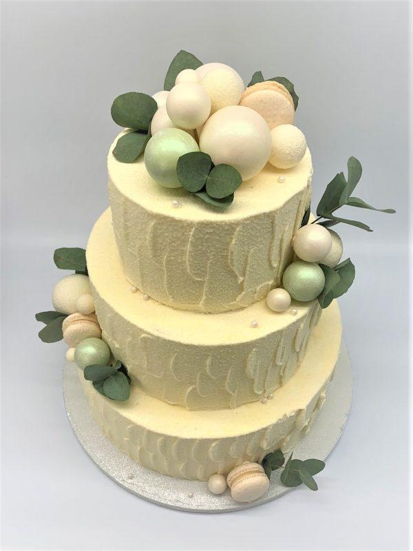 Vestuvinis tortas su eukaliptu