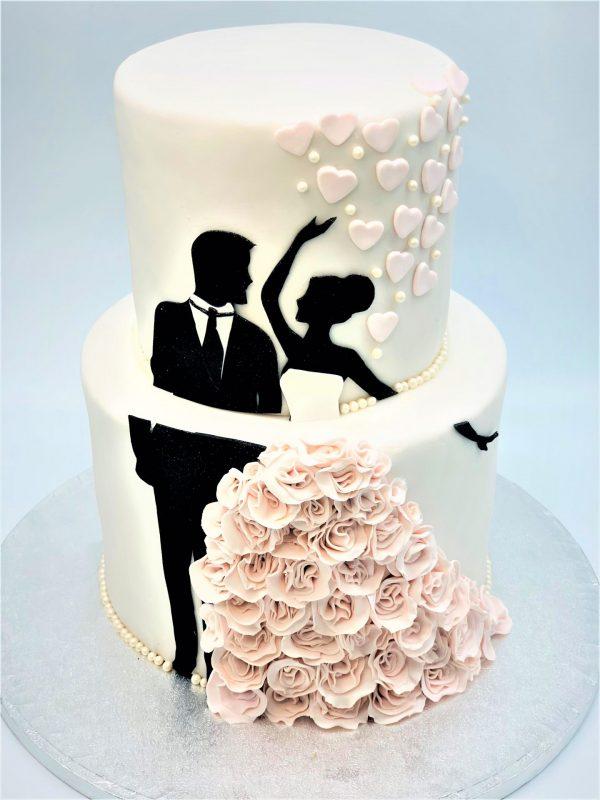 """Vestuvinis tortas """"Jaunųjų pora"""""""